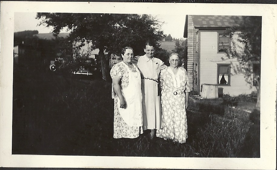 UNK woman with Mary & Helen Triffo